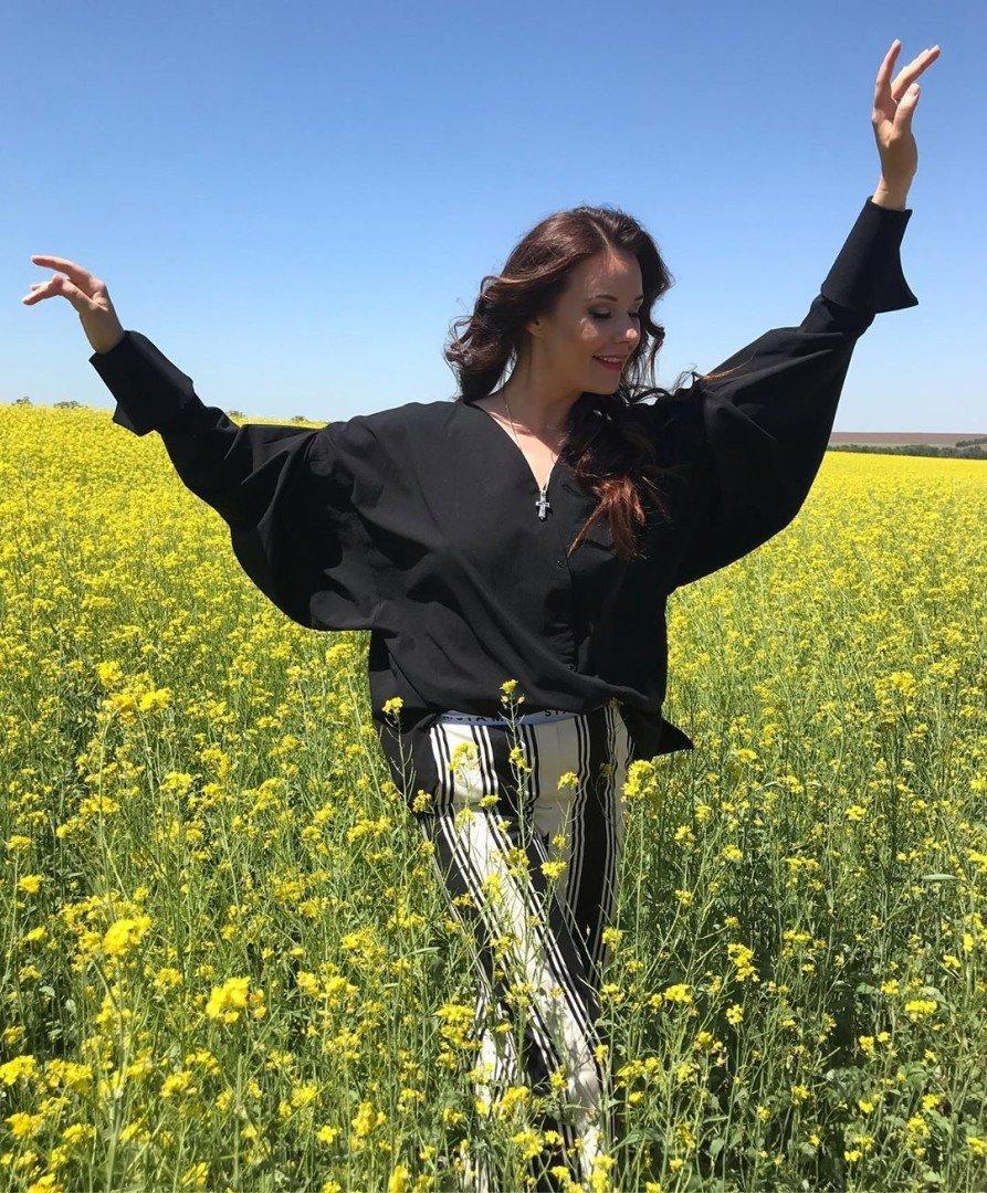Мисс Рок-н-ролл: Оксана Федорова вспомнила о своем первом титуле на конкурсе красоты