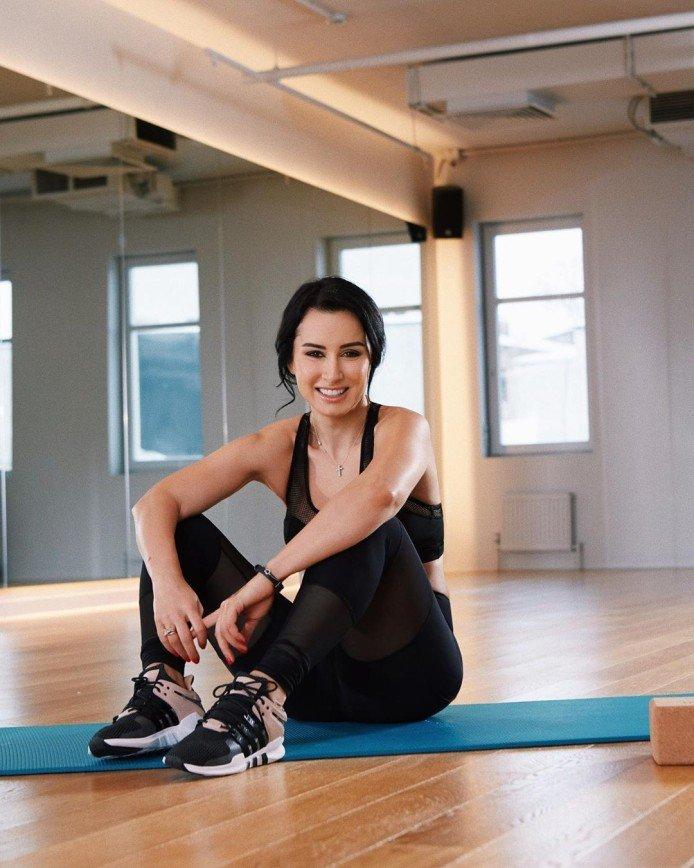 Влияет на гормоны: Тина Канделаки назвала пользу регулярного посещения спортзала