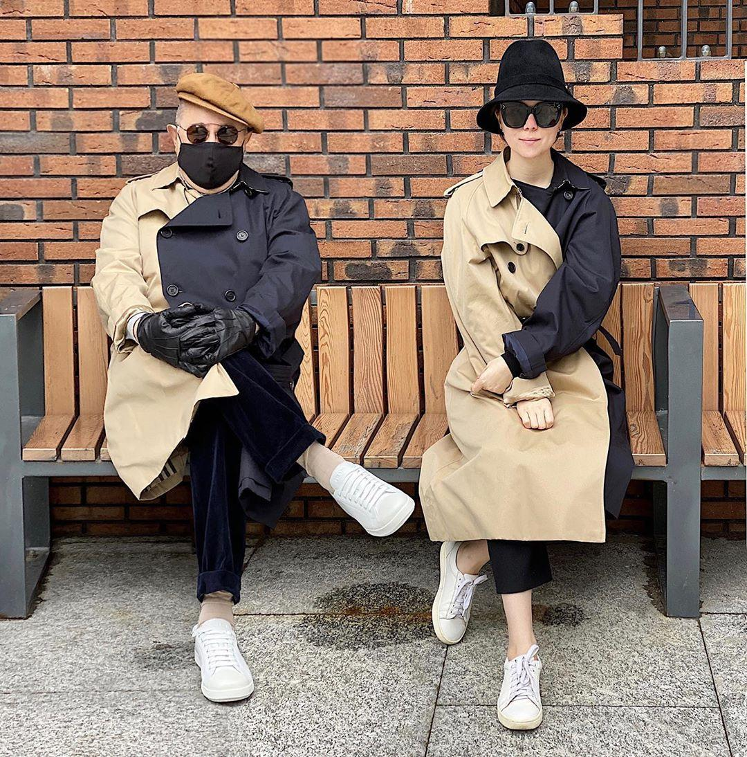 На лавочке у подъезда: Евгений Петросян показал первое совместное фото с молодой женой