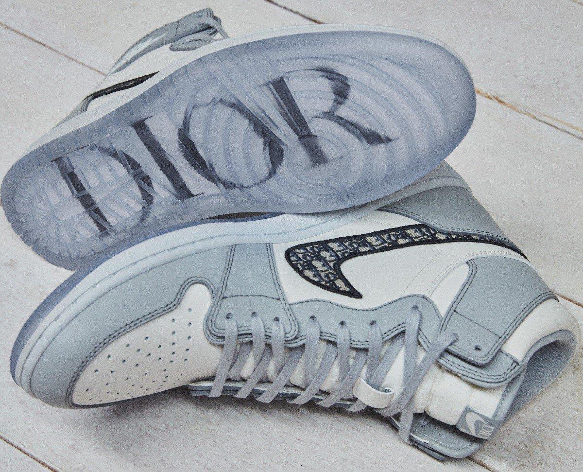 Dior выпустил лимитированную серию знаменитых кроссовок Jordan