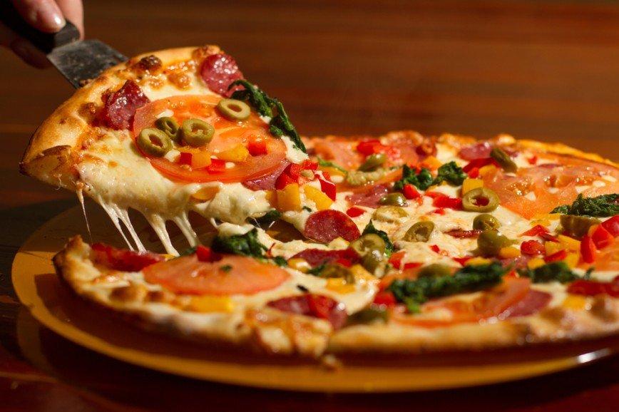 Чипсы, пицца и доширак неожиданно попали в список полезных продуктов