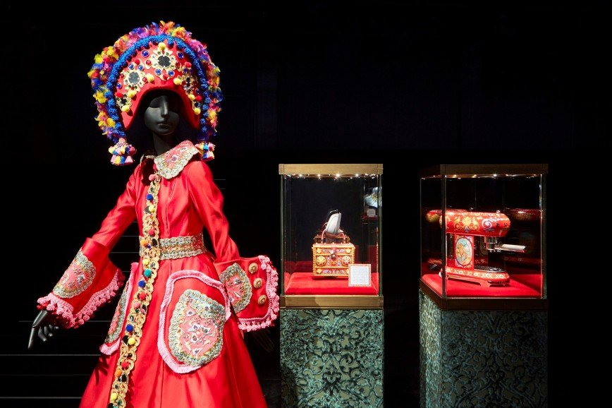 Шедевры на тостере: удивительной красоты коллаборация Dolce & Gabbana и SMEG