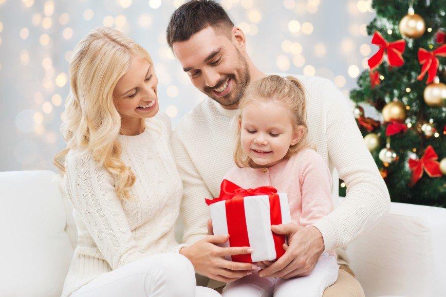 Что подарить на Новый год: идеи подарков для детей