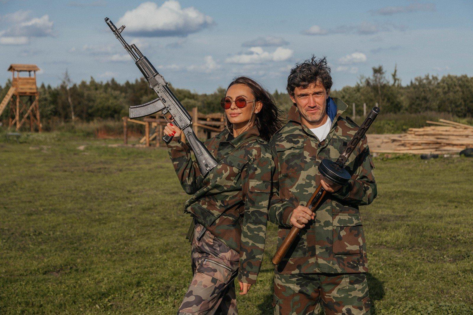 Танки, камуфляж, Калашников: Инна Жиркова устроила для мужа незабываемый день рождения