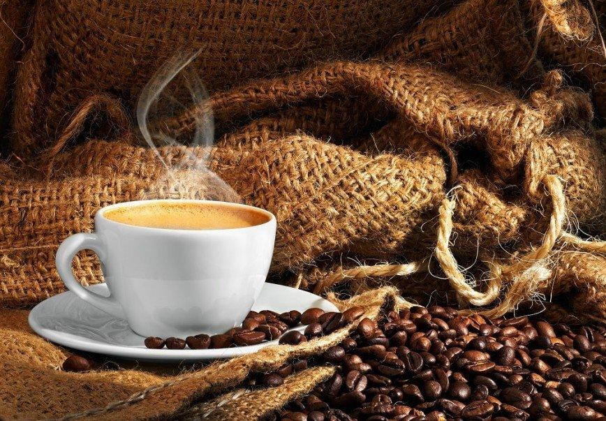 Шесть напитков, которые заряжают энергией и бодрят не хуже кофе