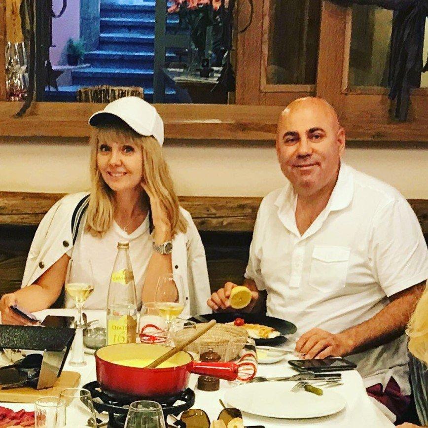 Иосиф Пригожин приехал на обед с друзьями по случаю женитьбы