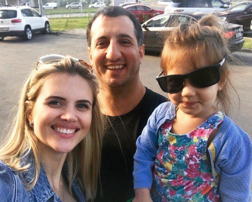 Арарат Кещян выложил семейное фото в последний день отпуска