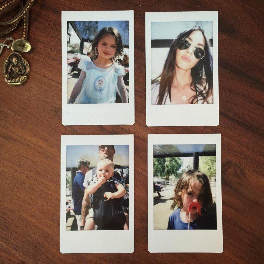 Меган Фокс обнародовала семейные снимки