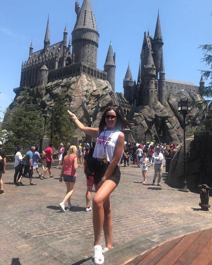 Ольга Бузова побывала в гостях у Гарри Поттера