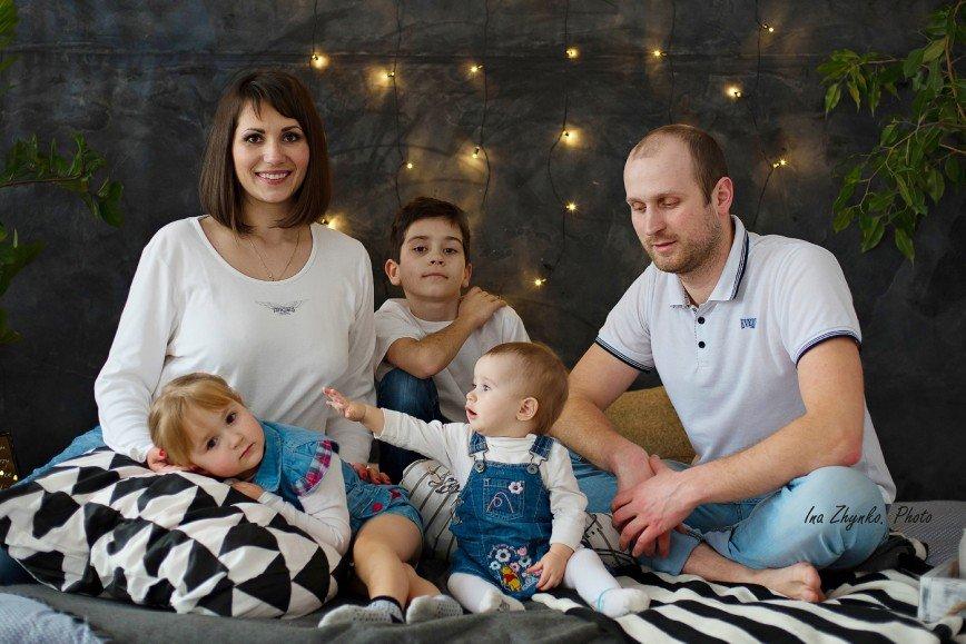Автор: instudio, Фотозал: Моя семья, Семейная студийная фотосессия.