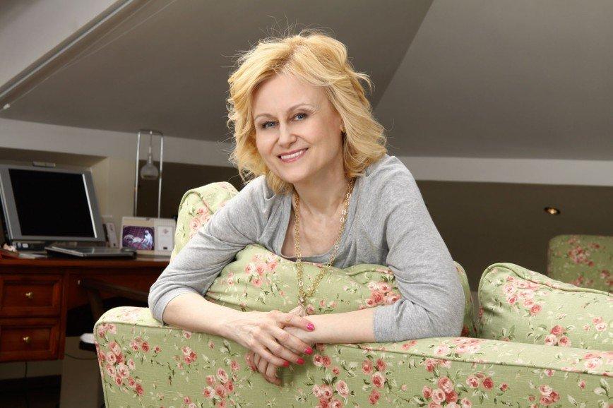 В сентябре Дарья Донцова разрешит фанатам ущипнуть себя