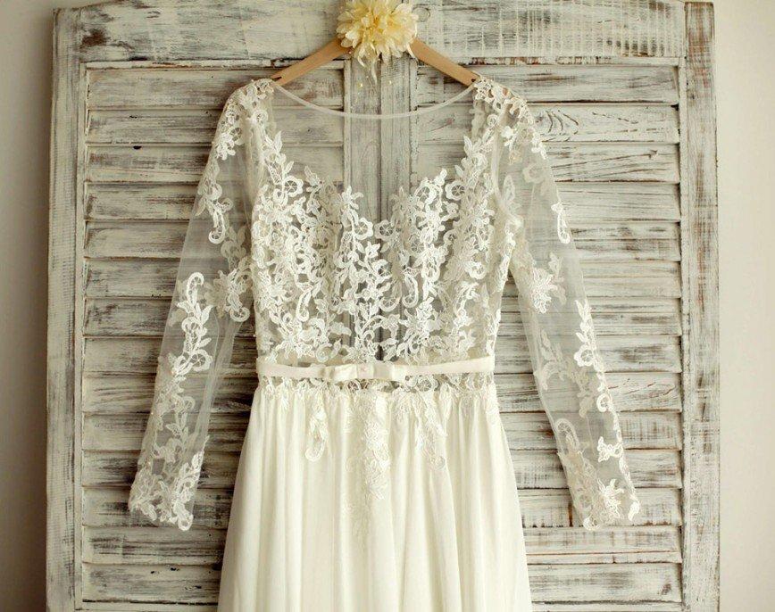 4ac6eaff30c01fa И помните, даже необычные свадебные наряды можно приобрести со скидкой!  Заходите в раздел
