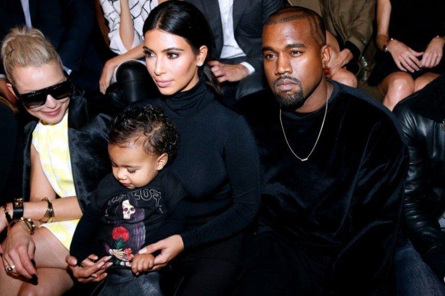 Ким Кардашьян оправдывается за ошибки материнства