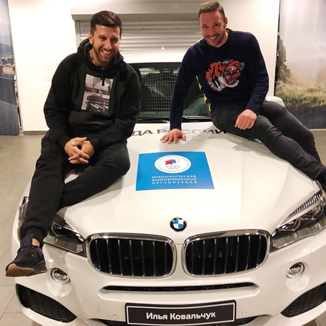 Илья Ковальчук продал подаренную за победу на Олимпиаде машину своему коллеге