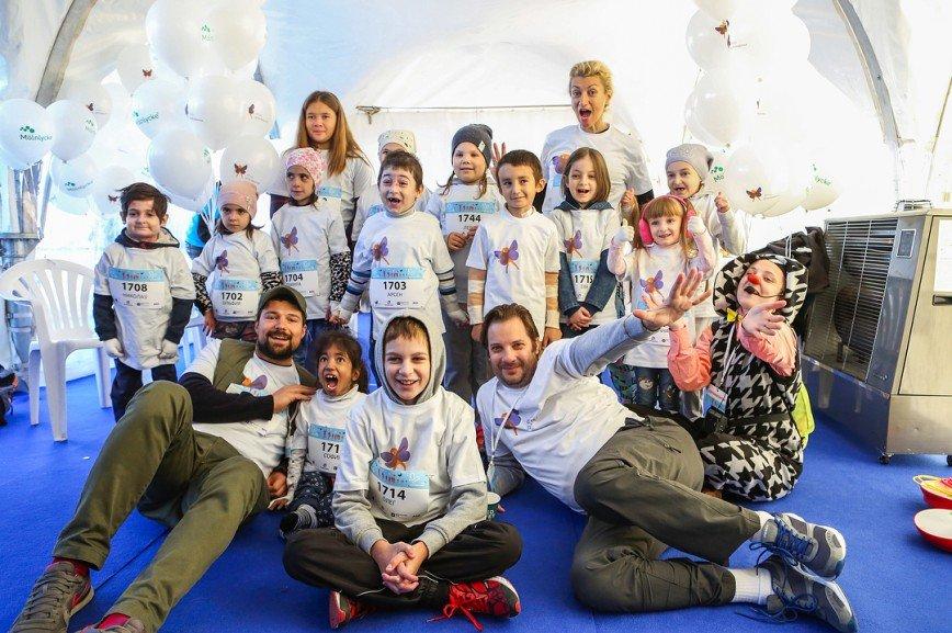 «Только вперёд»: Данила Козловский поддержал детей-бабочек