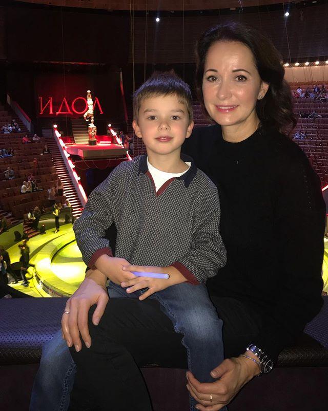 «Я влюбилась в запах манежа»: Ольга Кабо рассказала о чувствах к цирку