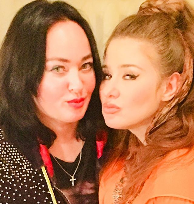 «Весеннее обострение?»: Лариса Гузеева встала на защиту Юлии Куварзиной