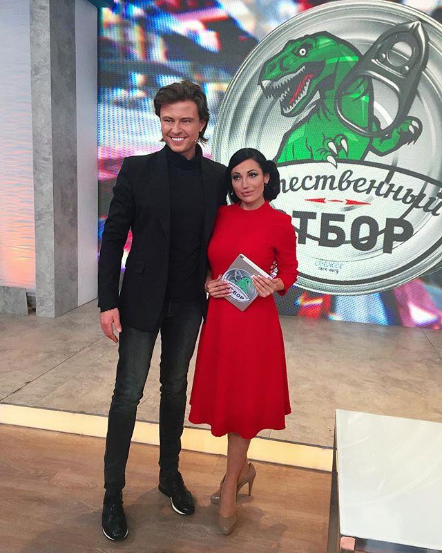 «Скоро на всех каналах!»: Шаляпин заинтриговал снимком с Цымбалюк-Романовской