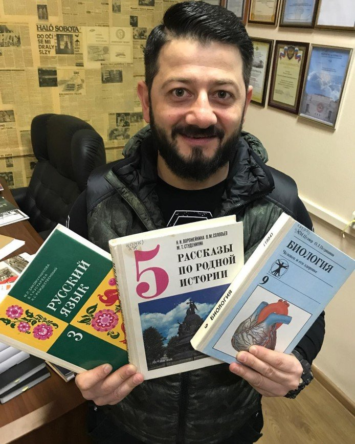 На жизнь Михаила Галустяна повлияли уроки русского, истории и биологии