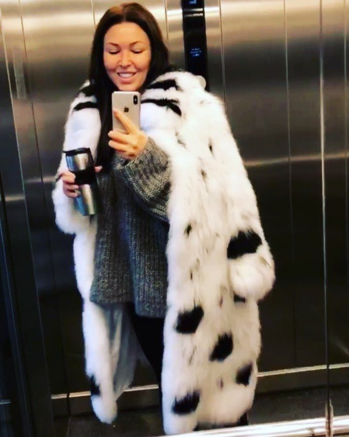 «У Баскова взяла напрокат»: Дубцова продемонстрировала новую шубу