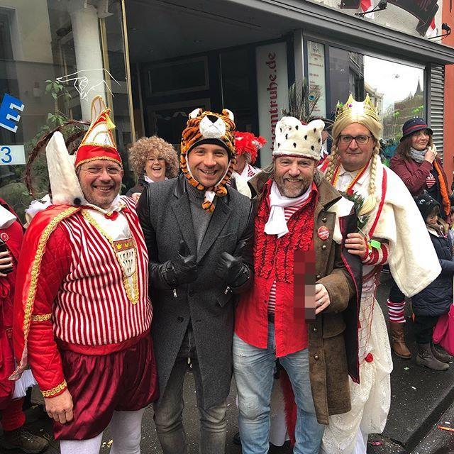 «Люди умеют отдыхать»: Сергей Лазарев принял участие в немецком карнавале