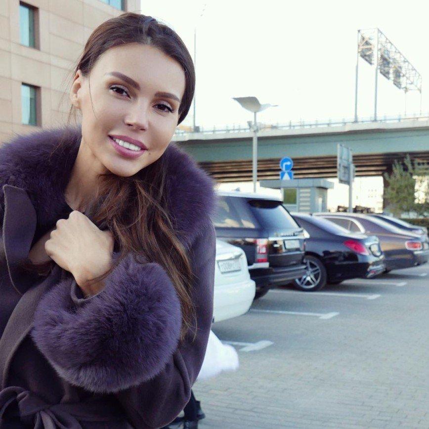 """""""Осень под одеялом"""": Оксана Самойлова страдает от хандры"""