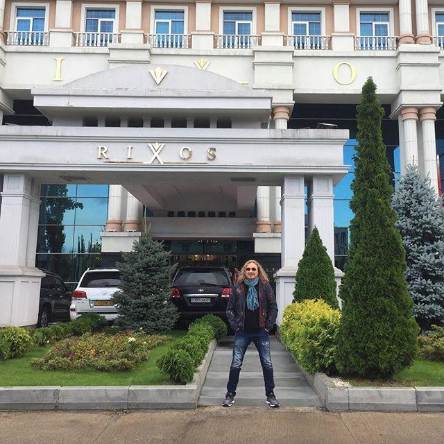 Игорь Николаев рассказал, что попадает домой только на пару часов
