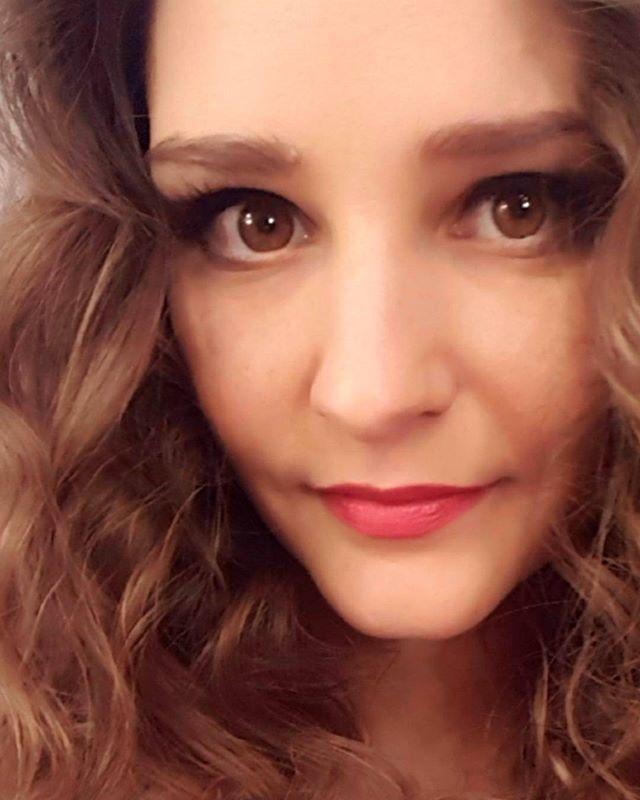 «Я могу быть симпатичнее»: Тарханова рассказала, когда нужно фотографироваться с артистами