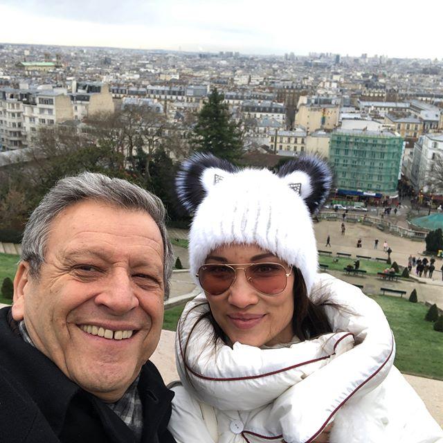«Сбылась мечта Катюши»: Борис Грачевский с женой посетили Париж