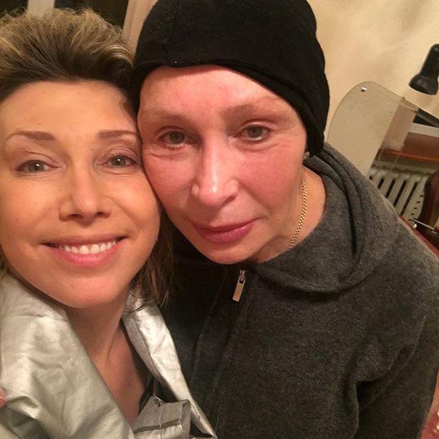 Елена Воробей попросила помощи в подготовке сюрприза для дочки