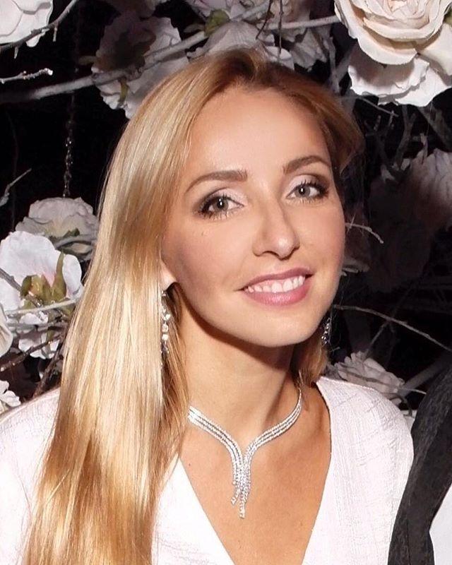 «Я не верила, что смогу»: Татьяна Навка показала стойку на руках