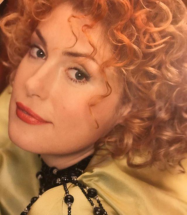 «Я поддалась всеобщей болезни»: Мария Шукшина начала делать селфи