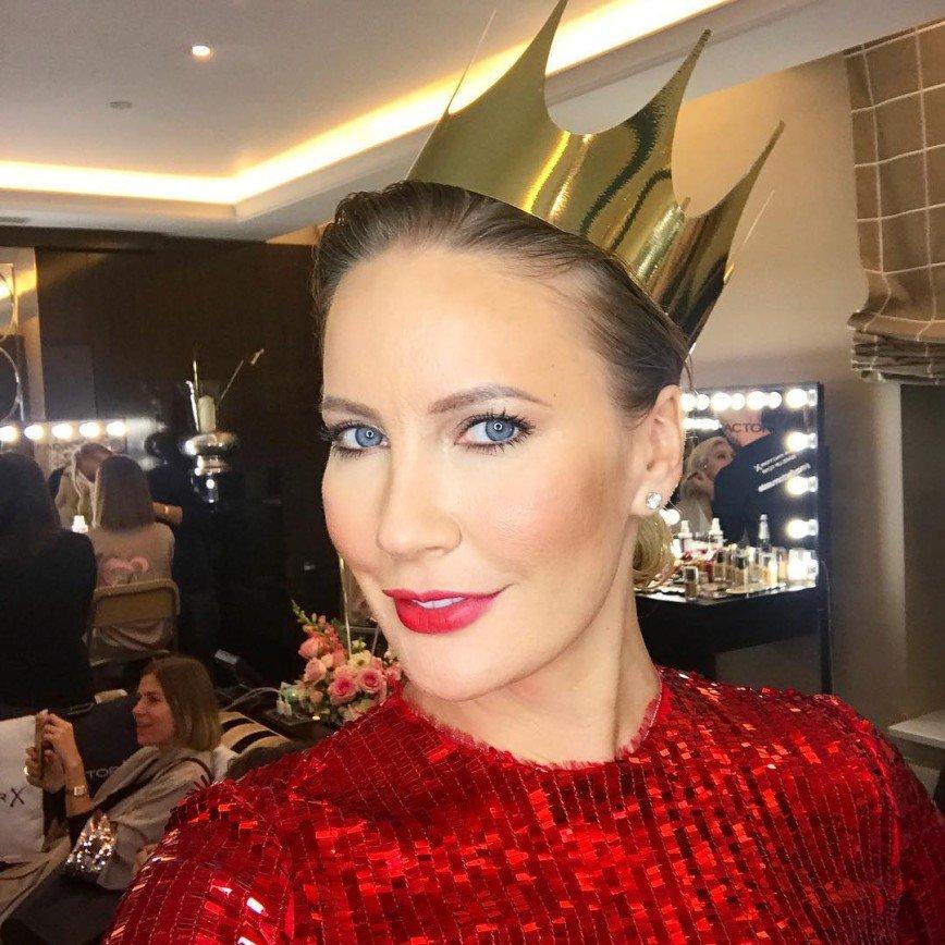 «Голову забыла вымыть»: прическа Елены Летучей не понравилась фанатам