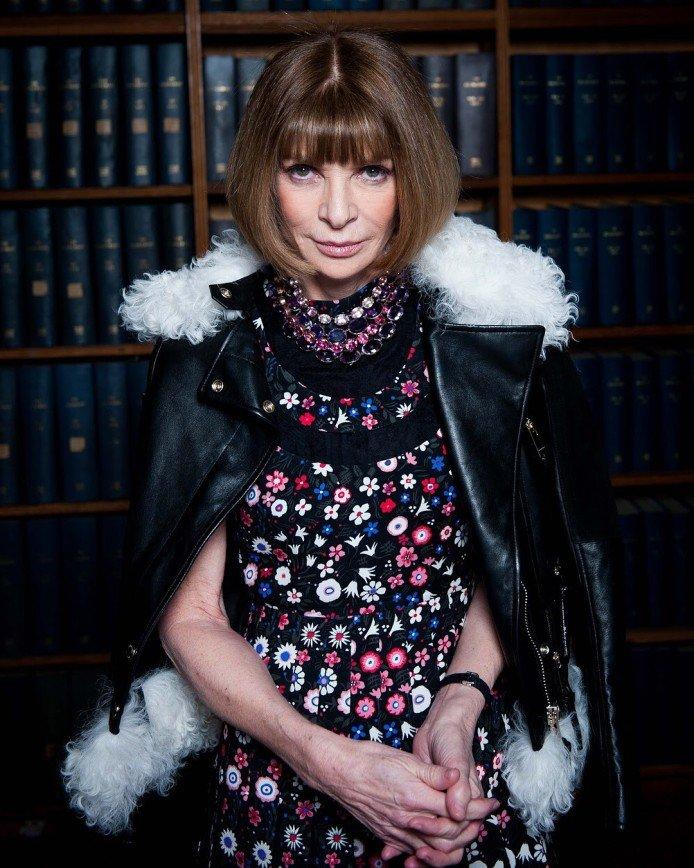 Лучше новых двух: Анна Винтур предпочитает носить одни и те же колье