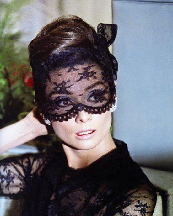 Муза Живанши: как Одри Хепберн стала иконой стиля