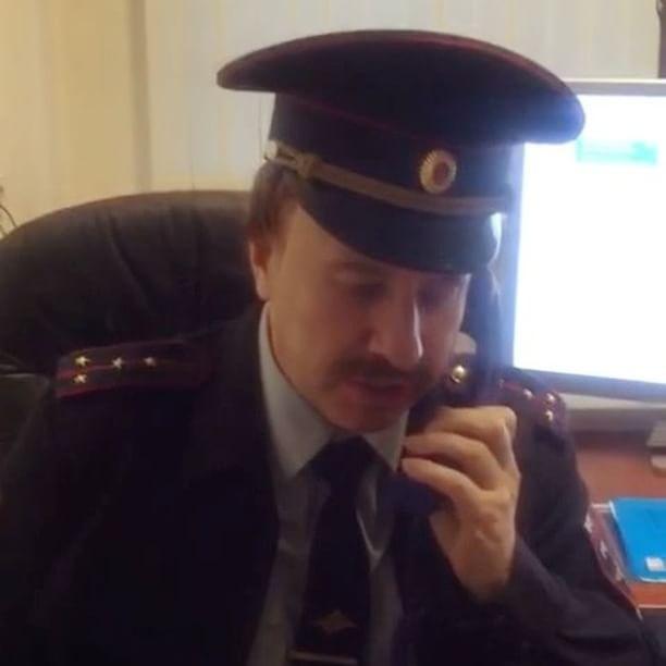 «Прирождённый актёр»: Виктор Дробыш примерил образ полицейского