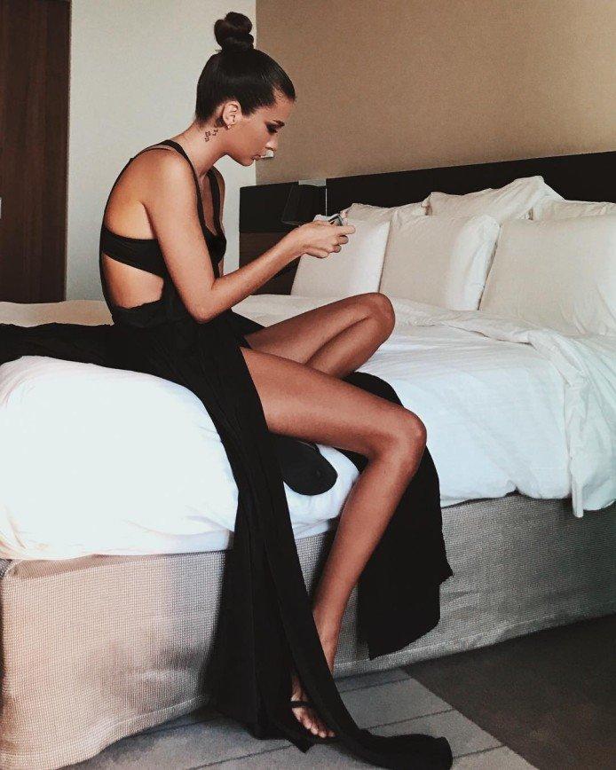 «Спинку ровно!»: Кети Топурию просят не сутулиться