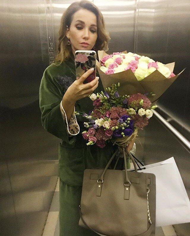 """""""Болотная женщина"""": Анфиса Чехова удивила костюмом"""