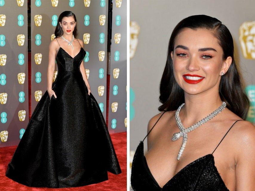 Лучшие наряды знаменитостей на премии BAFTA-2019