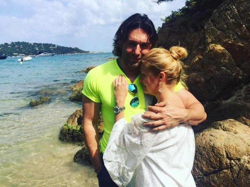 «Бедная Наташа!»: Андрей Малахов дал жене повод для ревности к Бузовой