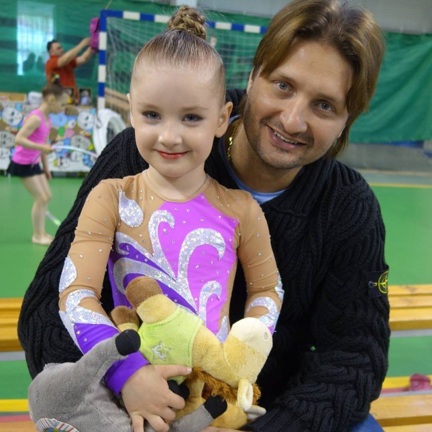 «Спорт – это боль»: вокруг плачущей дочери Эдгарда Запашного разгорелся настоящий скандал