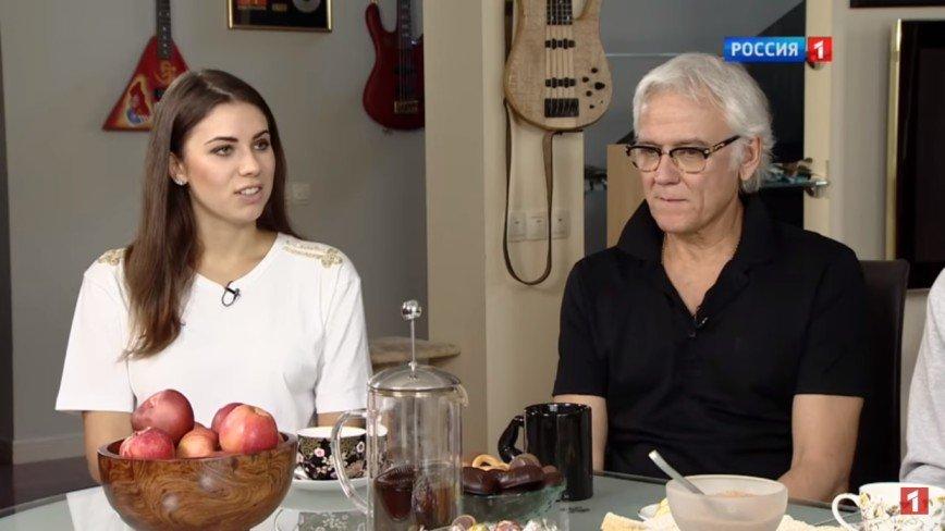 Седина в бороду: избранница Александра Маршала младше его на 37 лет