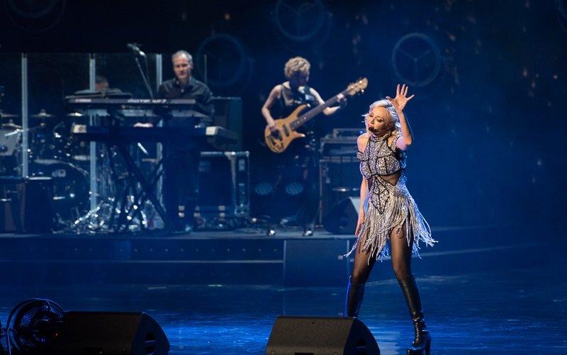 «В стиле Гэтсби»: Кристина Орбакайте на гастролях в Париже