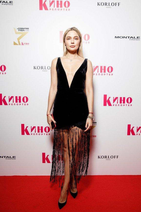 Наталья Рудова появилась на премии «Событие года» в откровенном платье