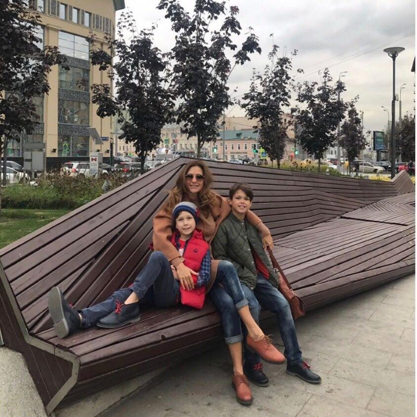 «Похожие-непохожие»: Екатерина Климова похвасталась сыновьями