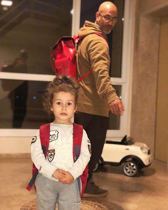 Дочка Кети Топурии составляет список подарков для Деда Мороза