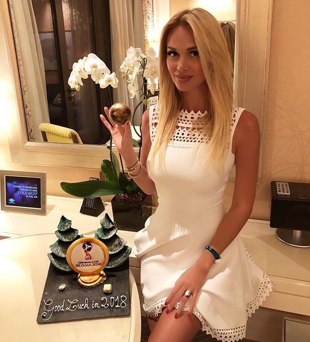 «Басков - просто счастливчик»: Виктория Лопырева поделилась «горячим» снимком