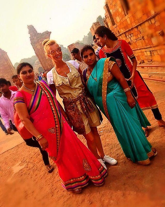«Как вы там оказались?»: Олеся Судзиловская побывала на индийской помойке