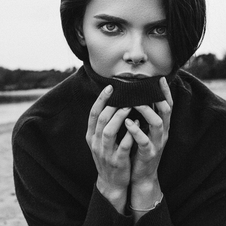 «Что же скажет папа?»: Елизавета Боярская приняла участие в фотосессии в стиле «Ню»