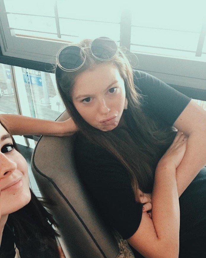 В сети уверены, что Екатерина Стриженова вскоре станет бабушкой
